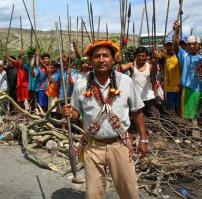 Awajún protestors with spears near Bagua, Peru, 2009